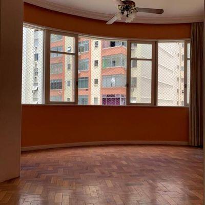 Excelente apartamento 3 quartos em Copacabana