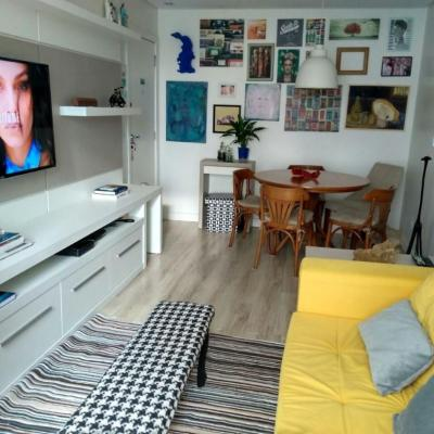 Apartamento na quadra mar com 2 quartos a venda em Balneário Camboriú
