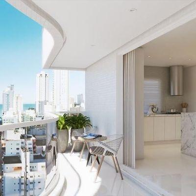 Apartamento na Planta no centro de Balneário Camboriú com entrega em 2021