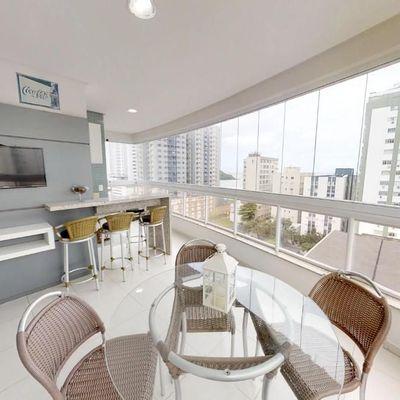 Apartamento a venda no coração de Balneário Camboriú com 3 suítes todo mobiliado