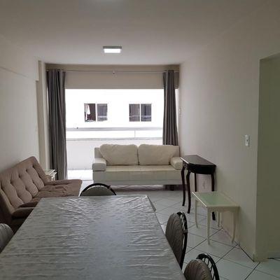 Apartamento na quadra mar a venda no centro de Balneário Camboriú