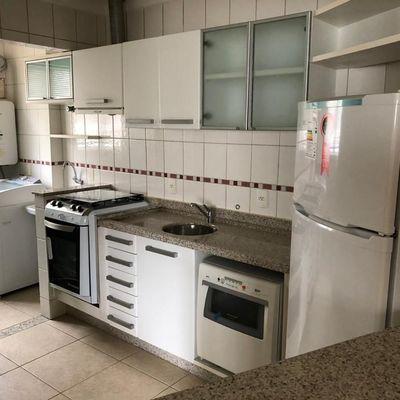 Apartamento com 3 quartos quadra mar na Barra Sul a venda em Balneário Camboriú
