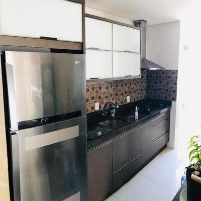Excelente apartamento para venda ou locação com ampla sacada com churrasqueira em Camboriú