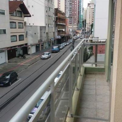 Apartamento para Aluguel de Diária no centro de Balneário Camboriú