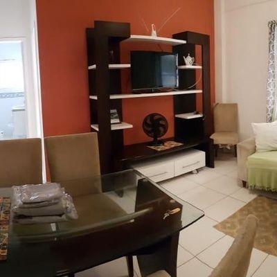 Apartamento para Aluguel Anual, todo mobiliado situado na rua 1300 em Balneário Camboriú