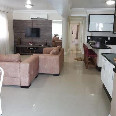 Apartamento com 3 suítes em Balneário Camboriú