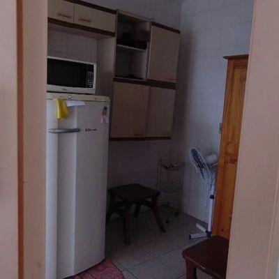 Apartamento mobiliado para DIÁRIA pertinho da praia de Balneário Camboriú