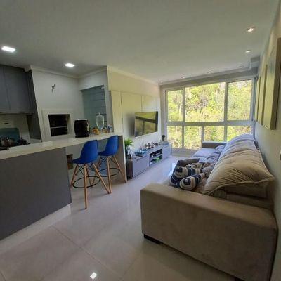 Apartamento mobiliado e decorado a venda no Residencial Garden Village em Balneário Camboriú