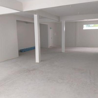 Sala Comercial para Locação bem localizada no centro de Balneário Camboriú