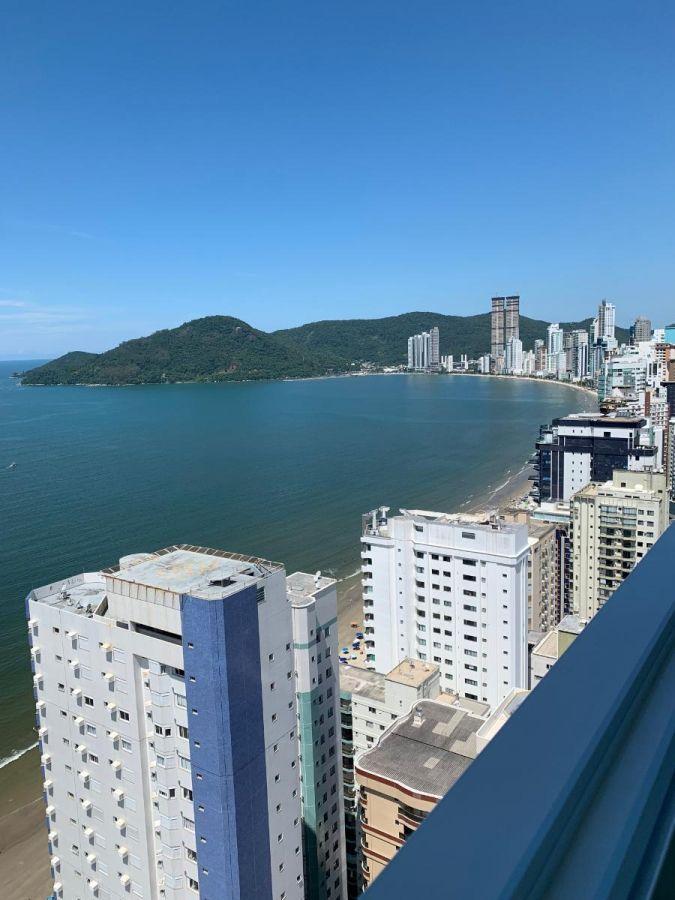 Linda Cobertura Duplex com vista mar a venda em Balneário Camboriú