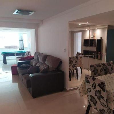Apartamento Edifício Arcturus na Avenida Atlântica em Balneário Camboriú