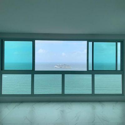 Apartamento com espetacular vista mar a venda em Balneário Camboriú