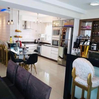 Apartamento para venda e locação Anual com 3 suítes no Coração de Balneário Camboriú