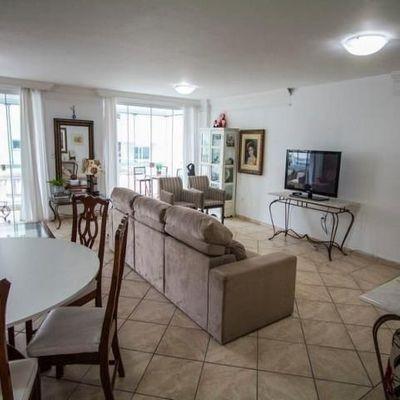 Excelente apartamento na região central de Balneário Camboriú