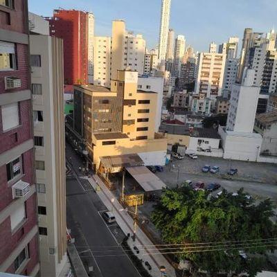 Excelente apartamento no Edifício Central em Balneário Camboriú