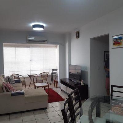Apartamento 3 dormitórios sendo 1 suíte no centro de Balneário Camboriú