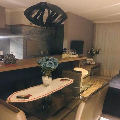 Excelente Apartamento mobiliado e decorado a venda no Residencial Garden Village em Balneário Camboriú