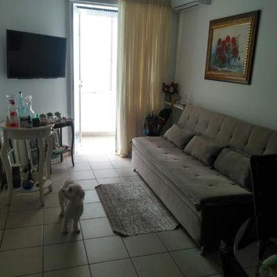 Apartamento locação diária na Avenida Central em Balneário Camboriú