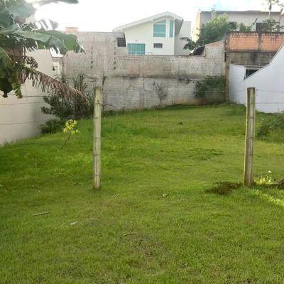 Terreno localizado no Bairro Ariribá em Balneário Camboriú próximo à Praia Brava