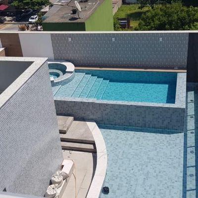 Apartamento com 3 suítes e 4 vagas de garagem a venda no centro de Balneário Camboriú