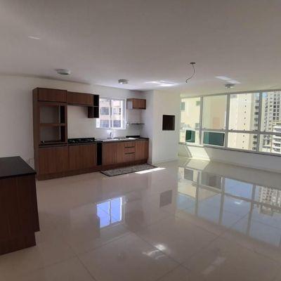 Apartamento a venda semi mobiliado já rendendo R$ 4,500 mensais de aluguel
