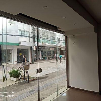 Sala Comercial para Locação na Avenida Central em Balneário Camboriú