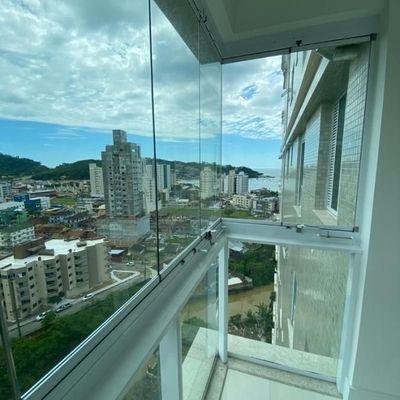 Apartamento a venda com vista mar permanente em Itapema