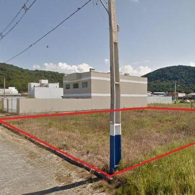 Terreno Plano a venda no bairro Nova Esperança em Balneário Camboriú