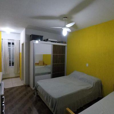 Apartamento para venda e locação de temporada com 2 dormitórios sendo 1 suíte