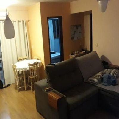 Apartamento com 2 dormitórios no centro de Balneário Camboriú