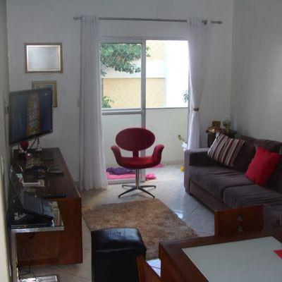 Apartamento amplo todo mobiliado a venda em Balneário Camboriú