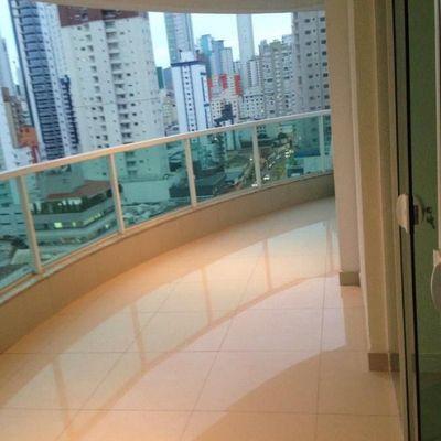 Apartamento pronto para morar a venda no centro de Balneário Camboriú
