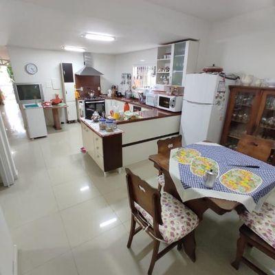 Casa 3 suítes Bairro das Nações em Balneário Camboriú
