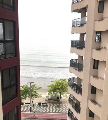 Apartamento a venda localizado no centro com vista Lateral Mar em Balneário Camboriú