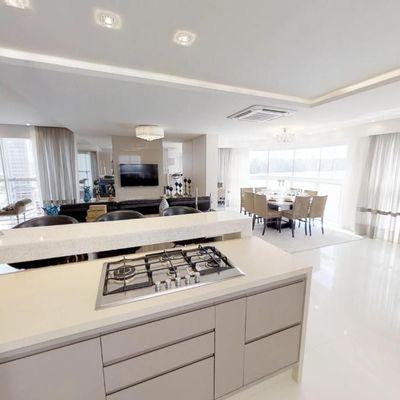 Apartamento para locação Anual no Edifício Ibiza Towers em Balneário Camboriú