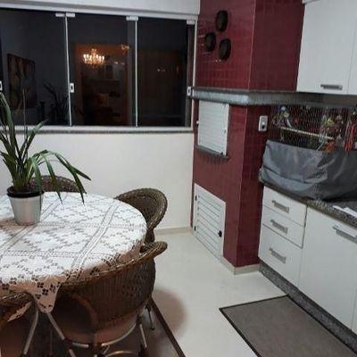 Apartamento a venda no Edifício Solar di Mansani todo mobiliado em Balneário Camboriú