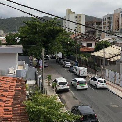 Apartamento com 3 dormitórios no Bairro Nações em Balneário Camboriú