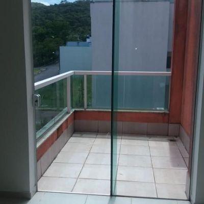 Sobrado com 3 suítes para venda no bairro Ariribá em Balneário Camboriú