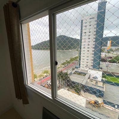 Apartamento 2 Dormitórios Residencial Galles no centro de Balneário Camboriú