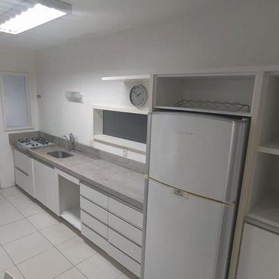 Apartamento Locação Anual no Centro de Balneário Camboriú