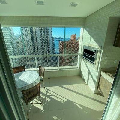 Belíssimo apartamento no Centro em Balneário Camboriú