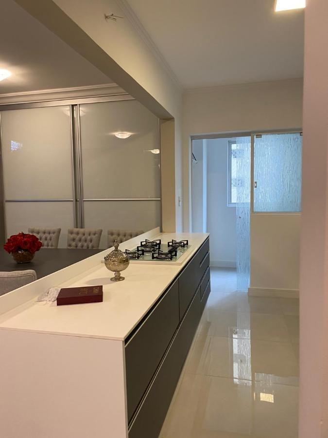 Apartamento Quadra mar em Balneário Camboriú