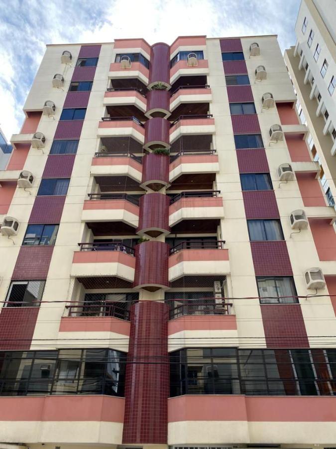 Apartamento Mobiliado Centro de Balneário Camboriú